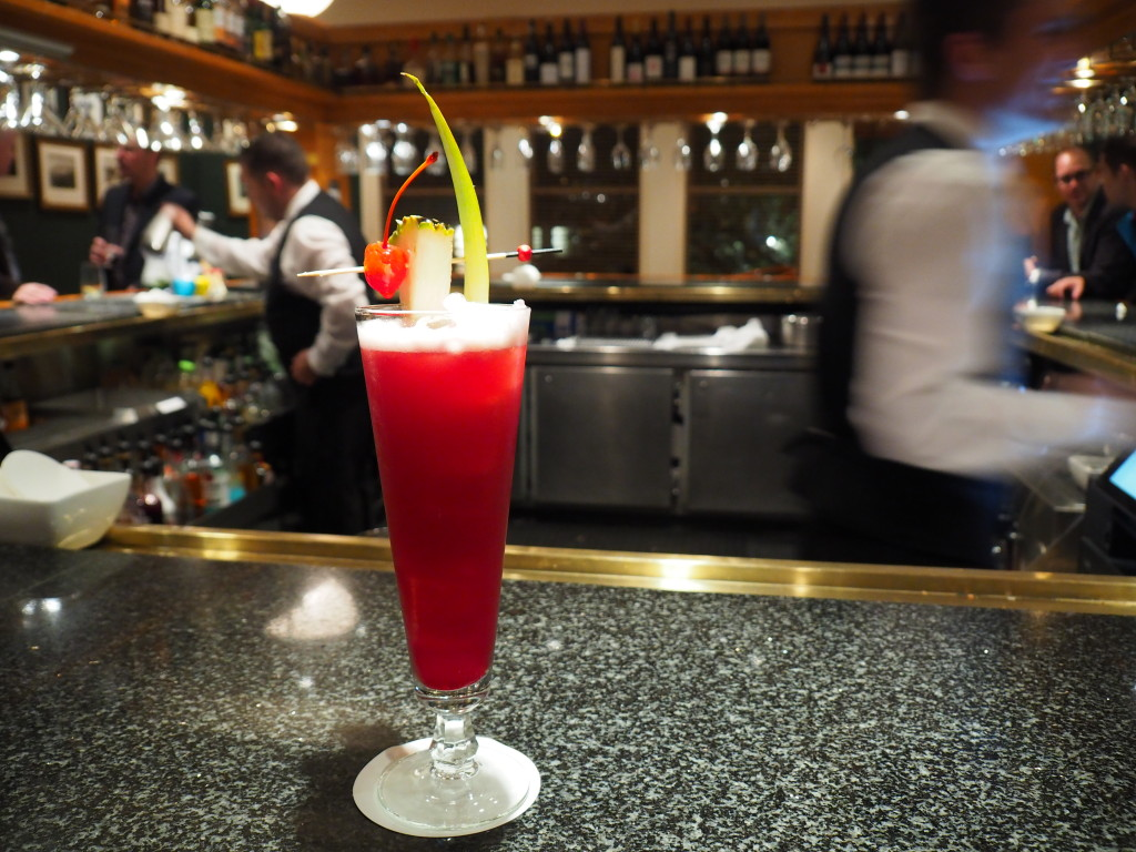 Singapore sling at the speaker's corner bar