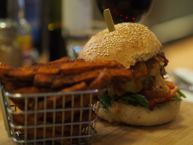 certified organic beef burger with sweet potato fries
